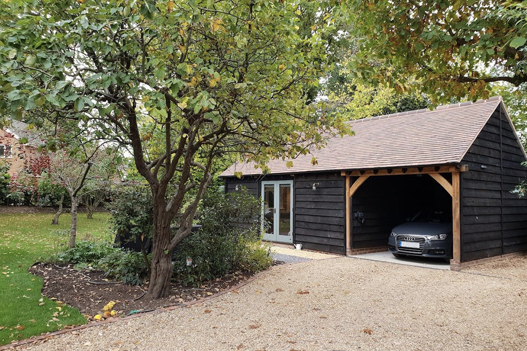 Garden Studio & Car Port