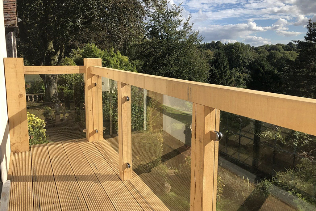 Oak Balcony