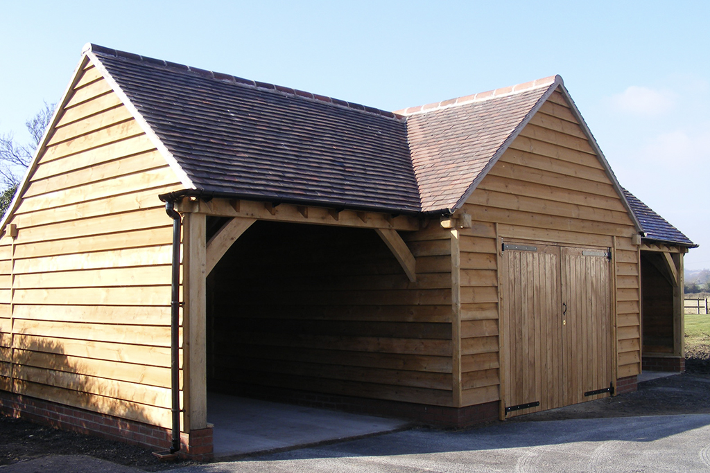 Oak Garage Pitched Roof